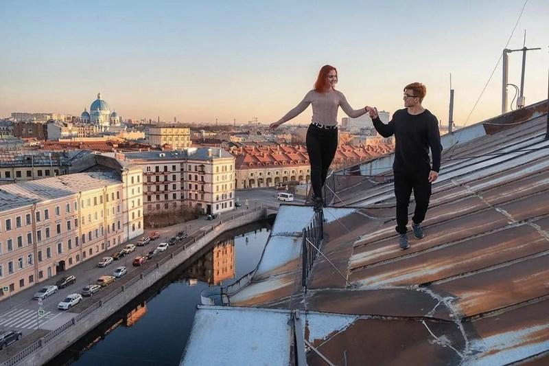 Романтичным экскурсиям по крышам в центре Петербурга перекрывают кислород из Сестрорецка
